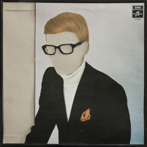 Cut out record sleeve